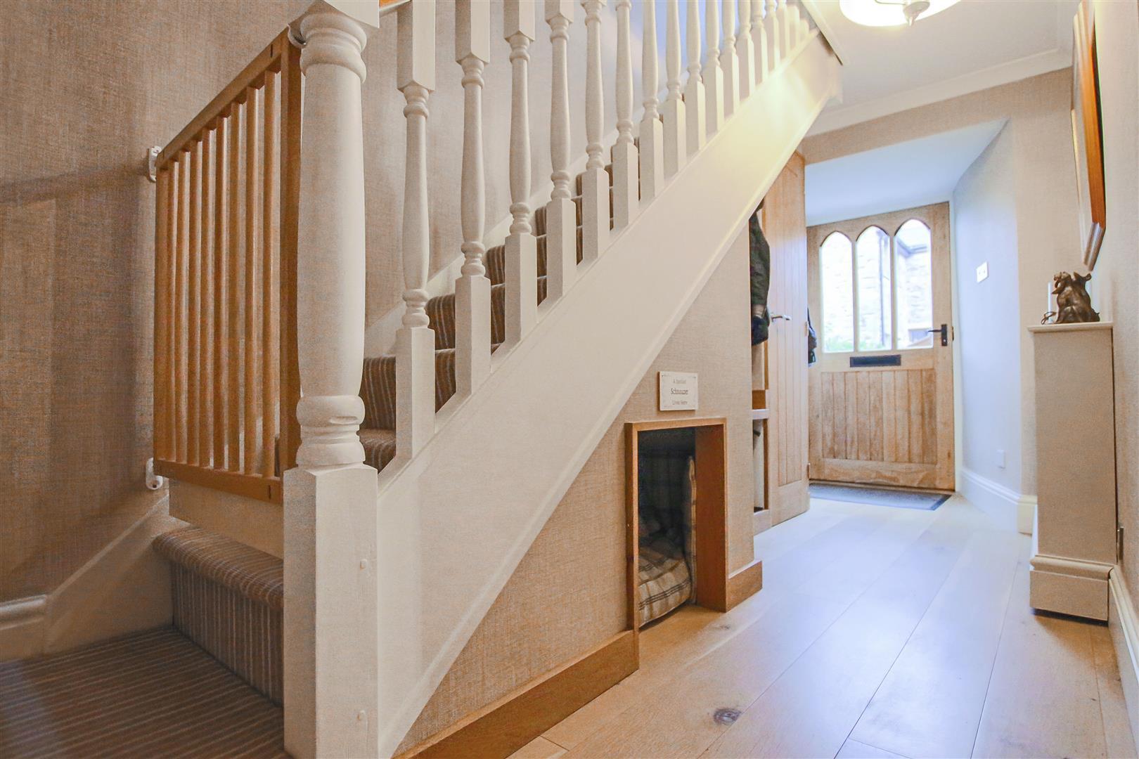 3 Bedroom Cottage For Sale - Hallway